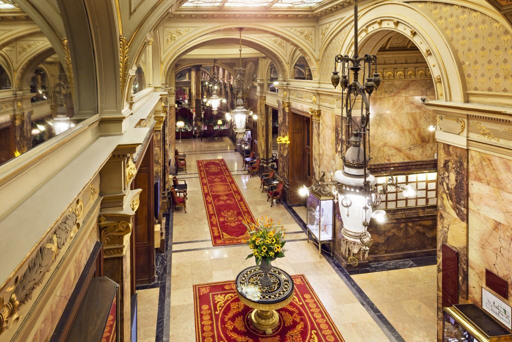 Hotel Metropole Hall 1